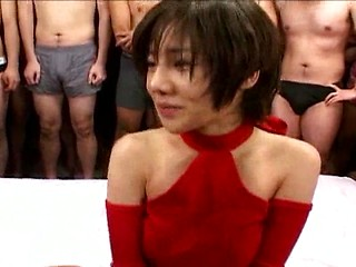 Hitomi Hasegawa collects cum in her mouth and...